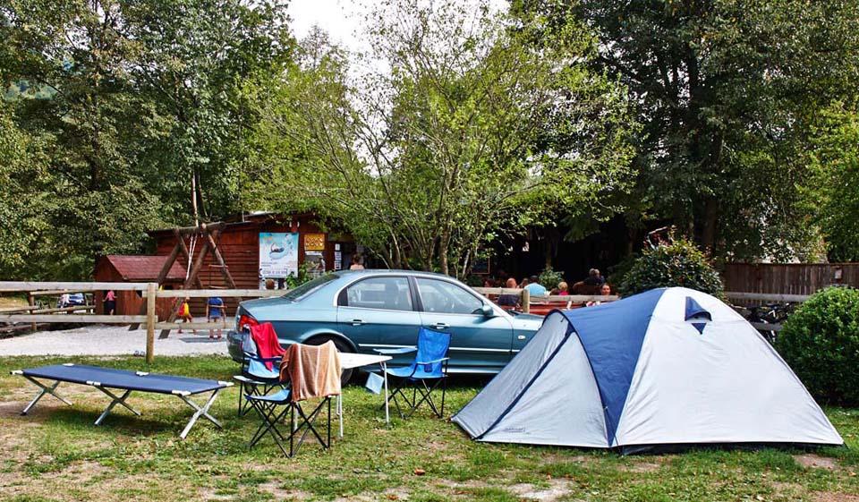 Kamp Lzar